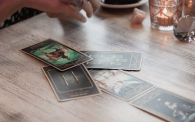 Tarot Cards for Beginners: How It Works & How to Do It