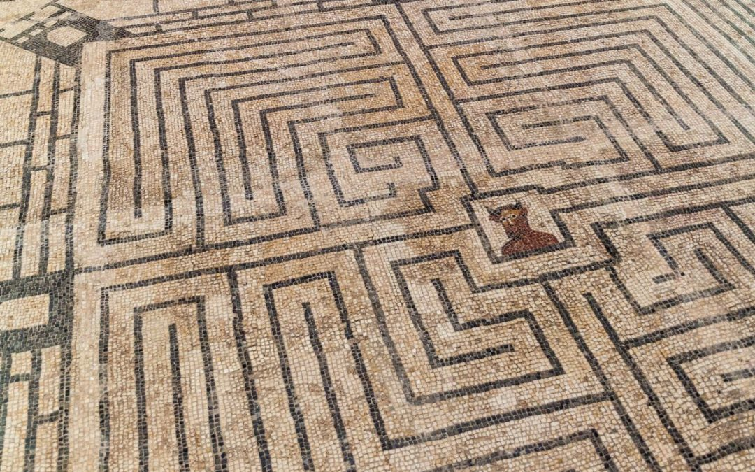 Labyrinth with the minotaur in the middle (roman villa mosaic floor)